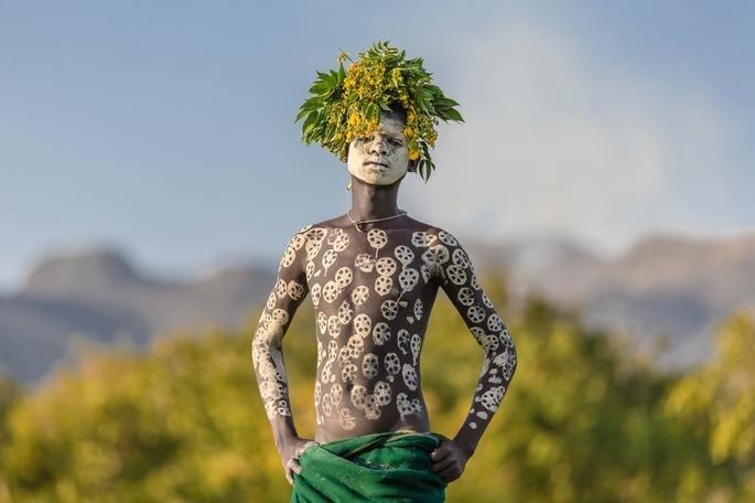 Pintura corporal africana dos povos do Vale do Rio Omo, na Etiópia.