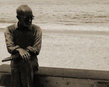 6 poemas de Carlos Drummond de Andrade sobre a amizade