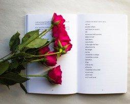 Os 18 poemas mais românticos da literatura