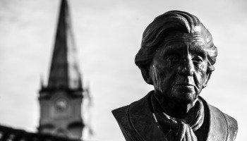 Saber Viver: poema falsamente atribuído a Cora Coralina
