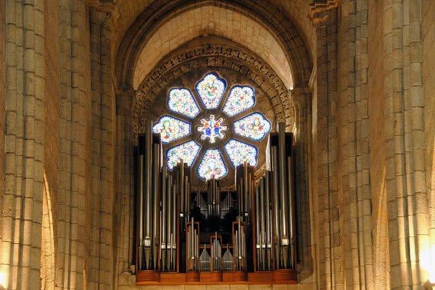 Pormenor do Órgão e da Rosácea no interior