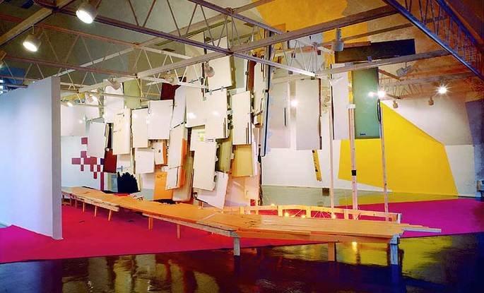 Jessica Stockholder instalação