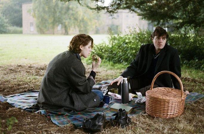 Frame do filme The Souvenir