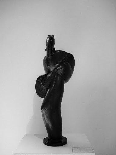 Tocadora de Guitarra (1923), de Victor Brecheret