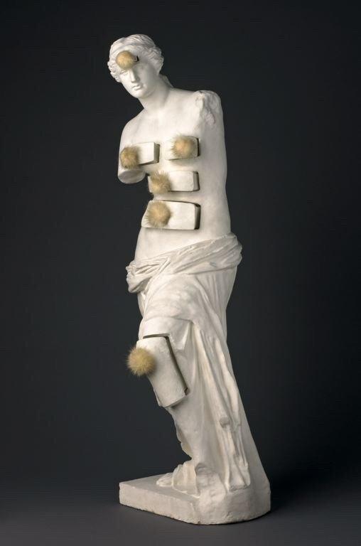 Salvador Dali, Venus de Milo com gavetas(1964).