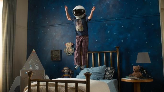 pulando na cama